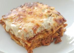Lasagna Bolognese. (Lasaña Boloñesa)